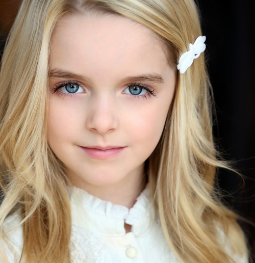 Mckenna Grace The Vampire Diaries Wiki Fandom Powered