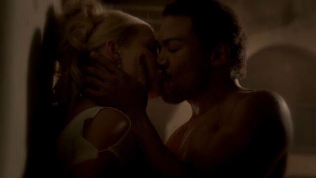 File:Rebekah and Marcel 4 TO 1x02.jpg