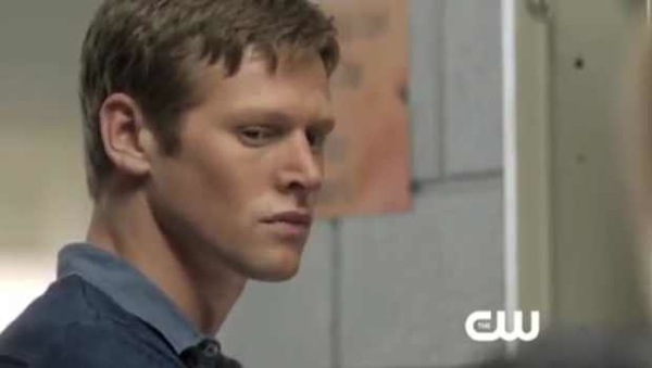 File:The-Vampire-Diaries-Season-4-Episode-3-Sneak-Peek-The-Rager.jpg