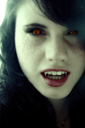 File:Vampiregirl.jpg