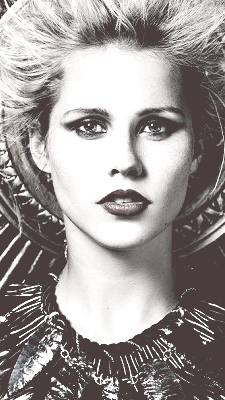 File:Claireholt55.png