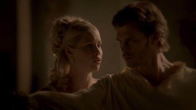 File:Klaus and Rebekah 4 TO 1x02.jpg