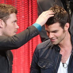 Joseph Morgan, Daniel Gillies