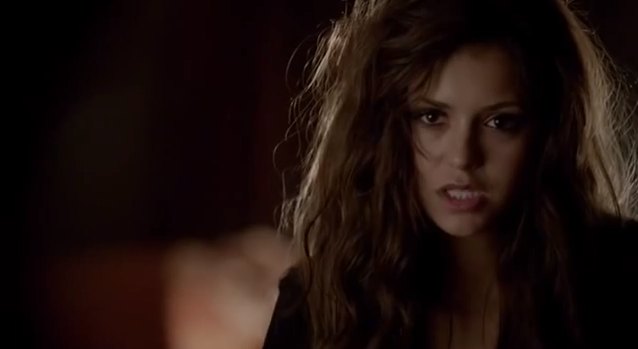 File:Katherine 5x01 super messy hair.PNG