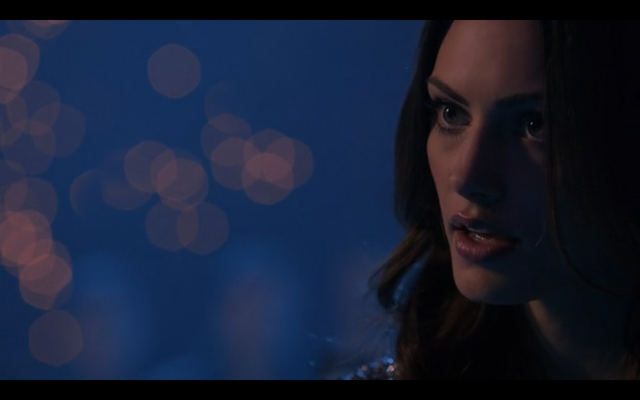 File:1x17-Badass Hayley.png