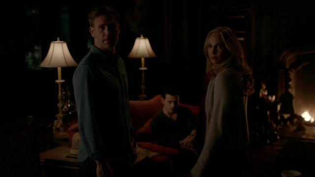 File:721-008~Damon-Caroline-Alaric-Enzo.png