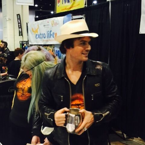 File:Wwcc-raleigh-11-Ian-Somerhalder.jpg