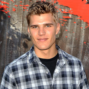 File:Chris (Zylka.jpg