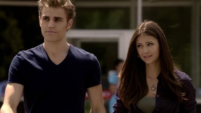 File:The Vampire Diaries S02E01 1286.jpg