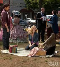 File:As i lay dying jeremy, caroline and elena.jpg