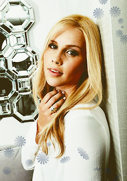 File:Claireholt7.png