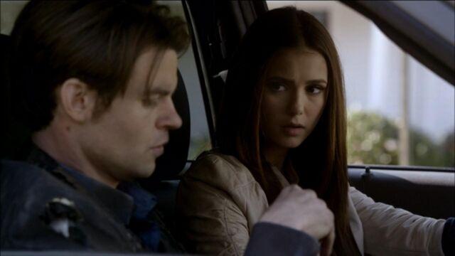 File:Elijah-and-Elena-in-Klaus-2x19-elijah-and-elena-21741406-1921-1080.jpg
