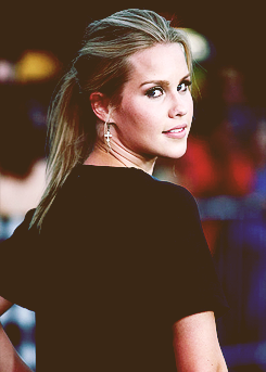 File:Claireholt111.png