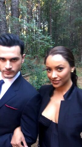 File:2016-10-08 Michael Malarkey Kat Graham.jpg