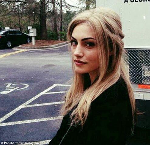 File:Phoebe blonde.jpg