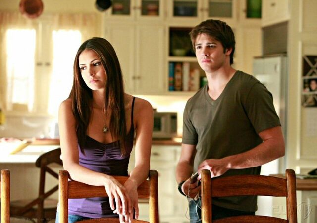 File:1x04-Family Ties (21).jpg