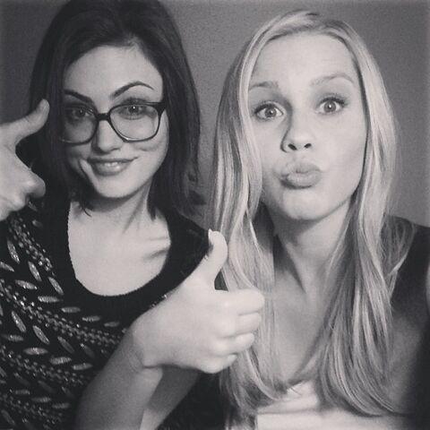 File:Phoebe tonkin instagram uOSsHG1H.sized.jpg