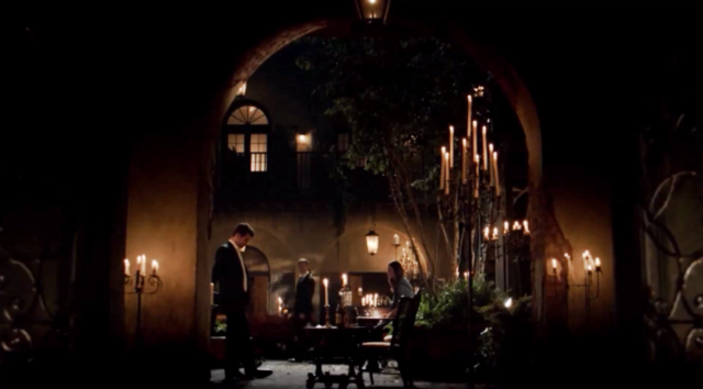 File:Elijah-Klaus-Hayley 2x03.png