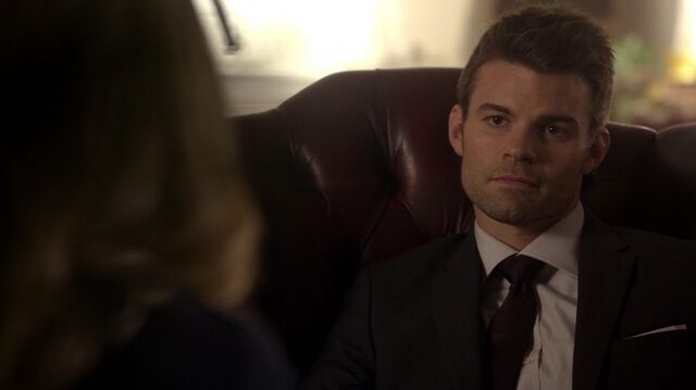 File:Normal TheOriginals210-0830Elijah-Cami.jpeg