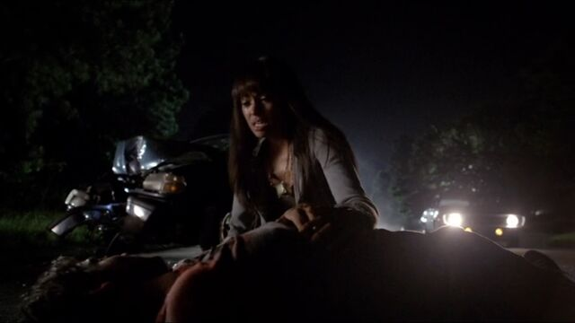 File:Bonnie and Jeremy TVD 5x01.jpg