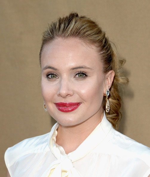 leah pipes and aj trauth