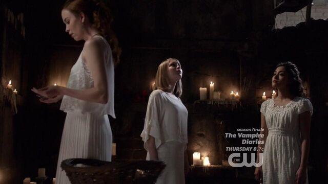 File:The Originals S01E22 mkv3325.jpg