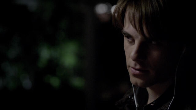 File:017-tvd-4x12-a-view-to-a-kill-theoriginalfamilycom.jpg