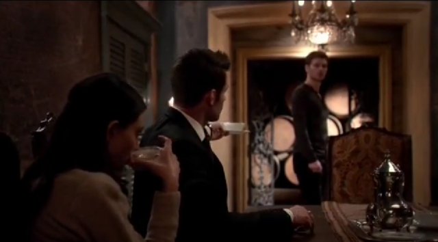 File:Hayley-Elijah-Klaus 2x18.png