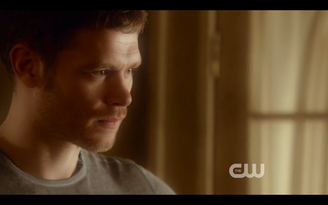 File:1x22-Klaus watches Hayley.png