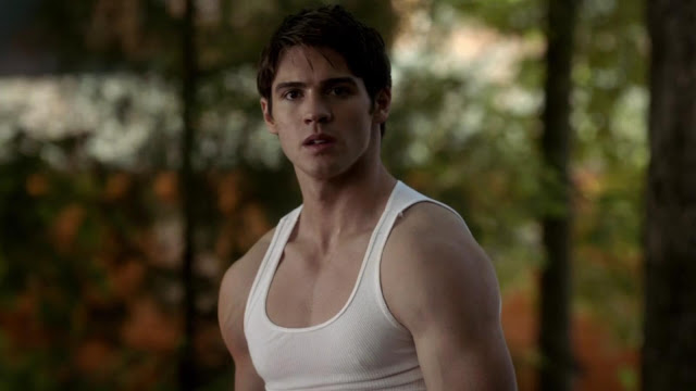 File:Steven R McQueen The Vampire Diaries S04E09-23-28-01-.jpg