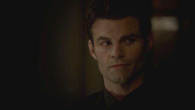 File:The-Vampire-Diaries-3x13-Bringing-Out-the-Dead-HD-Screencaps-elijah-28811973-1280-720.jpg