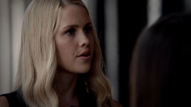File:Rebekah 9 TO 1x03.jpg