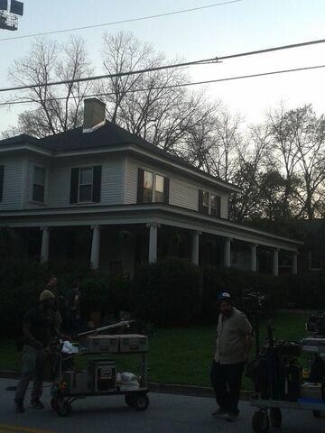 File:2016-03-14 The Gilbert House Crew.jpg