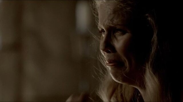 File:Rebekah 4x04 (10).JPG