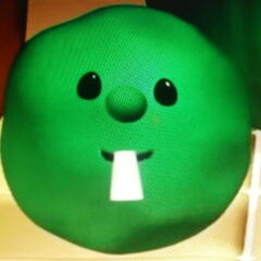 Phillipe as Larry the Cucumber in