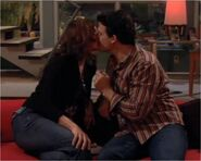 Holly david kiss
