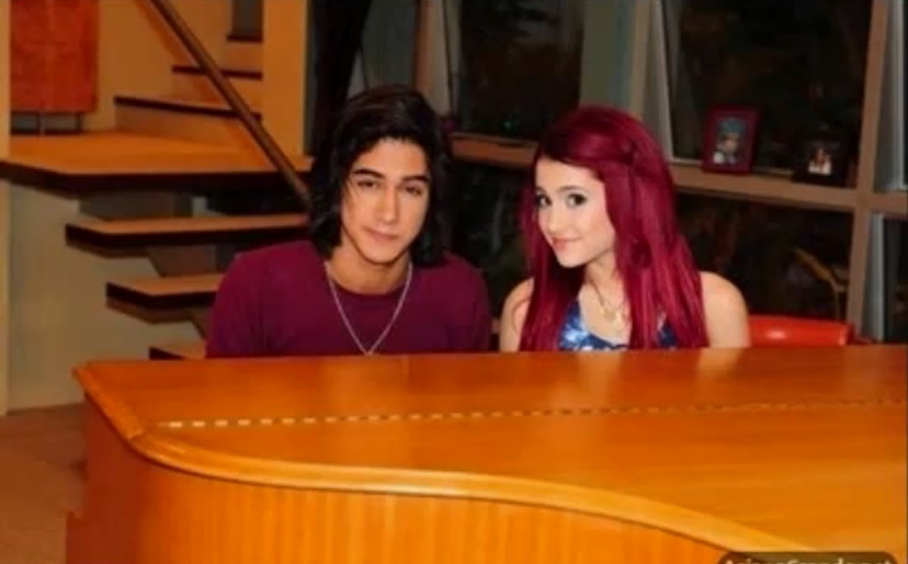 do cat and beck dating in victorious Victorious: cat & beck kiss jonassssnap  hd clips of beck and cat - duration:  best tori & beck (bori) moments from victorious 💗.