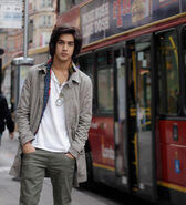 Avan-jogia-as-erik-night-house-of-night-series-19459453-430-473