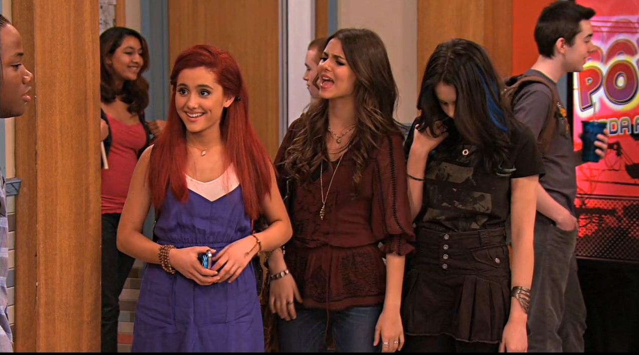 Victorious Jade And Andre Kiss Tori  and Jade watch Andre