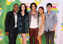 Ariana+Grande+Nickelodeon+24th+Annual+Kids+FxAxfFfKeZGl