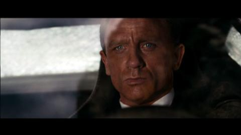 Quantum of Solace Bond 50 (2008) - Clip Tunnel Chase