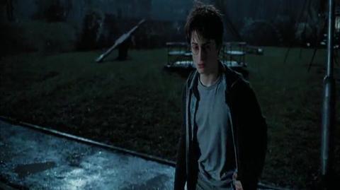 Harry Potter and the Prisoner of Azkaban - Alone at night