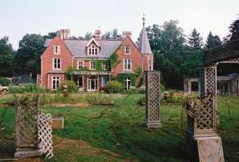 File:Cold Creek Manor.jpg
