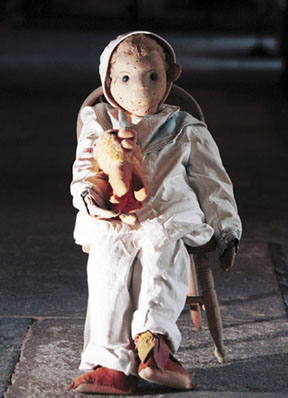 File:Robert the doll.jpg