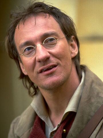 File:Dinotopia-david-thewlis-3.jpg