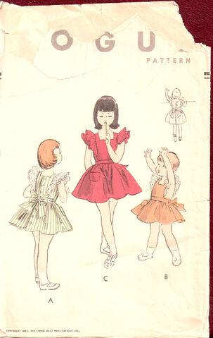 File:Vogue-pinafore.jpg