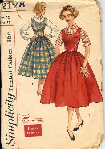 File:2178S 1957 Dress.jpg