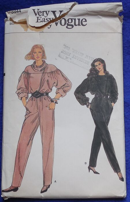 Vogue very easy 8844 Size 10 Jumpsuit