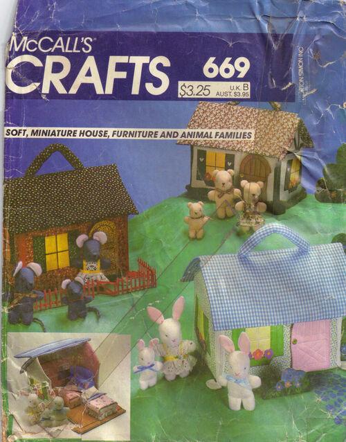 C1982 669 McCalls craft house animals
