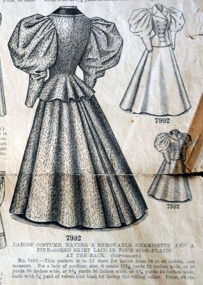 Butt 7992 ladies gown